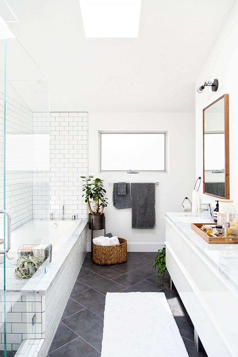 Modern Bathroom White Tile Modern Black And White Bathroom Tile ...