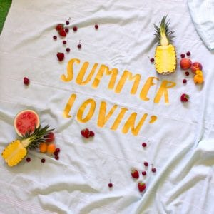 How to make an iron-on vinyl picnic blanket for summertime