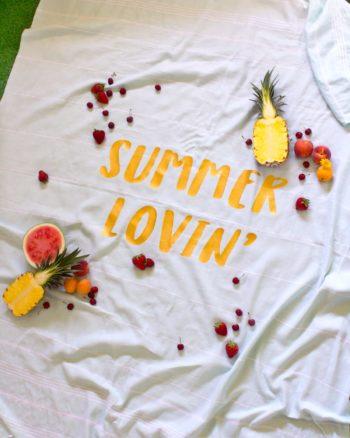 How to make an iron-on vinyl picnic blanket for summertime