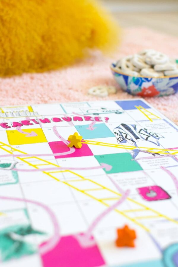 Download and print your own Los Angeles Chutes and Ladders Game