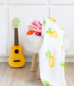 DIY Painted Pineapple Baby Swaddle Blanket thumbnail