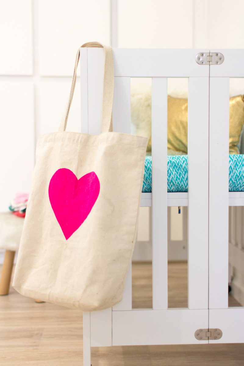 mini-crib-for-a-second-baby-2