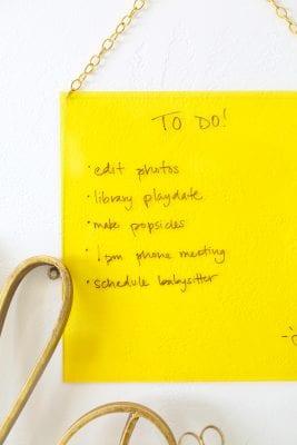 DIY Plexiglass Brainstorm and Note Board