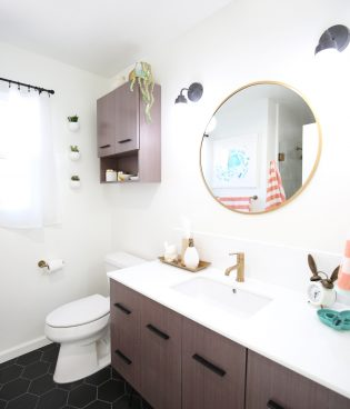 The Studio Bathroom (and Sources!) thumbnail