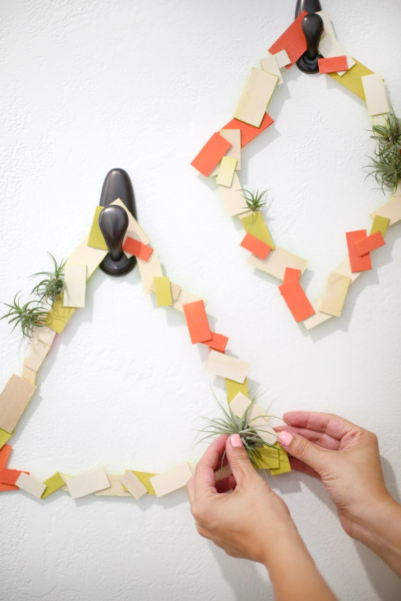 diy-geometric-holiday-air-plant-wreaths-2