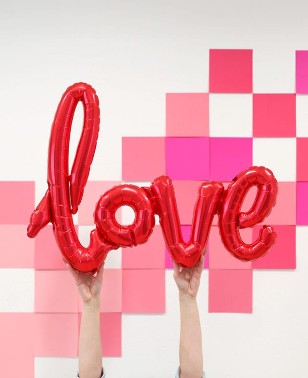 DIY Valentine Photo Backdrop thumbnail