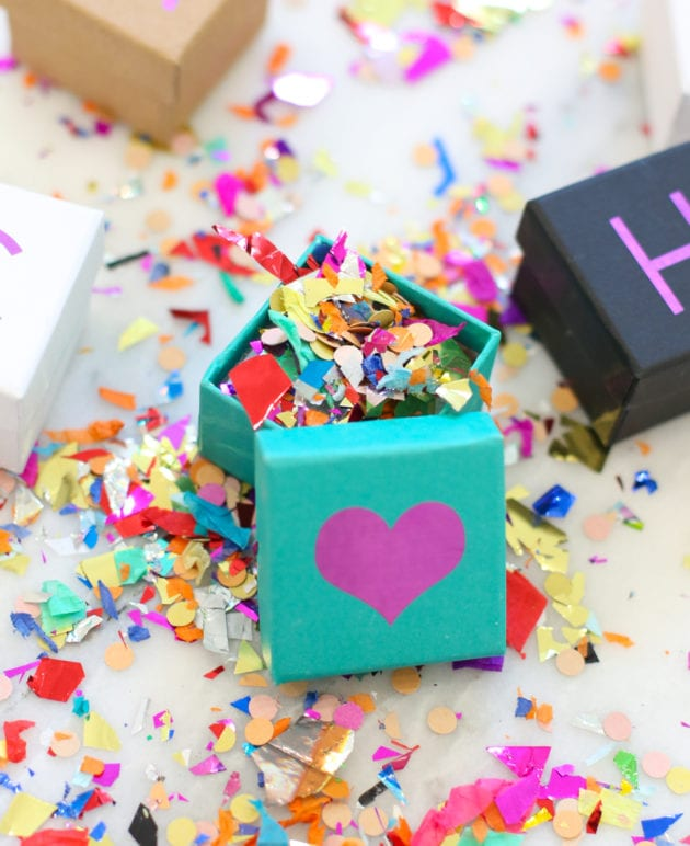 DIY Personalized Mini Gift Boxes thumbnail