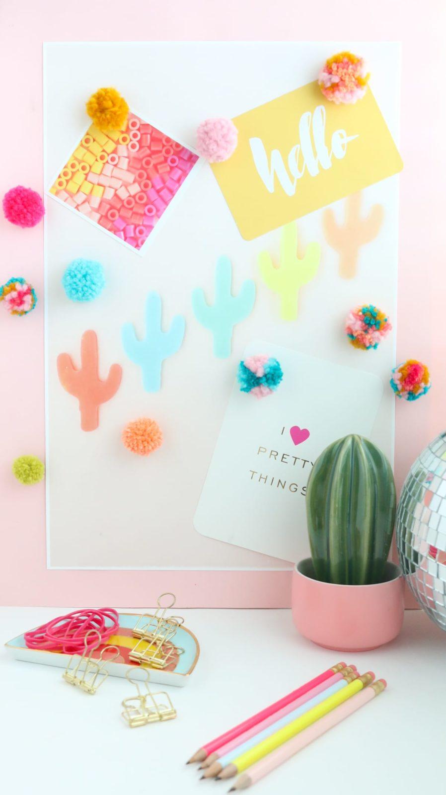 DIY Fluffy Yarn Pom Pom Magnets-10