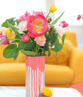 DIY Paint-Dipped Vase thumbnail