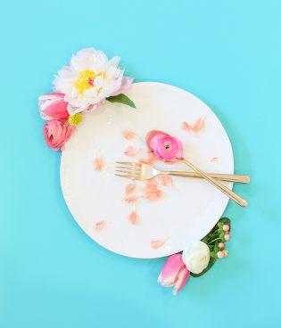 Flowers for Dinner thumbnail