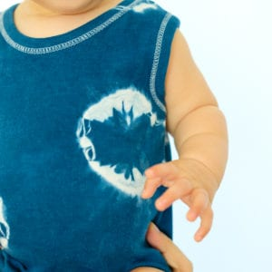 DIY Shibori Dyed Kids Clothes thumbnail