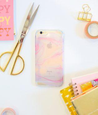 DIY Nail Polish Marbled Cell Phone Case thumbnail
