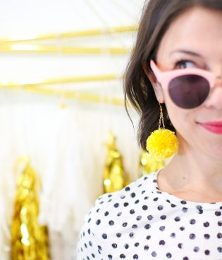 DIY Pompom Dangle Earrings thumbnail