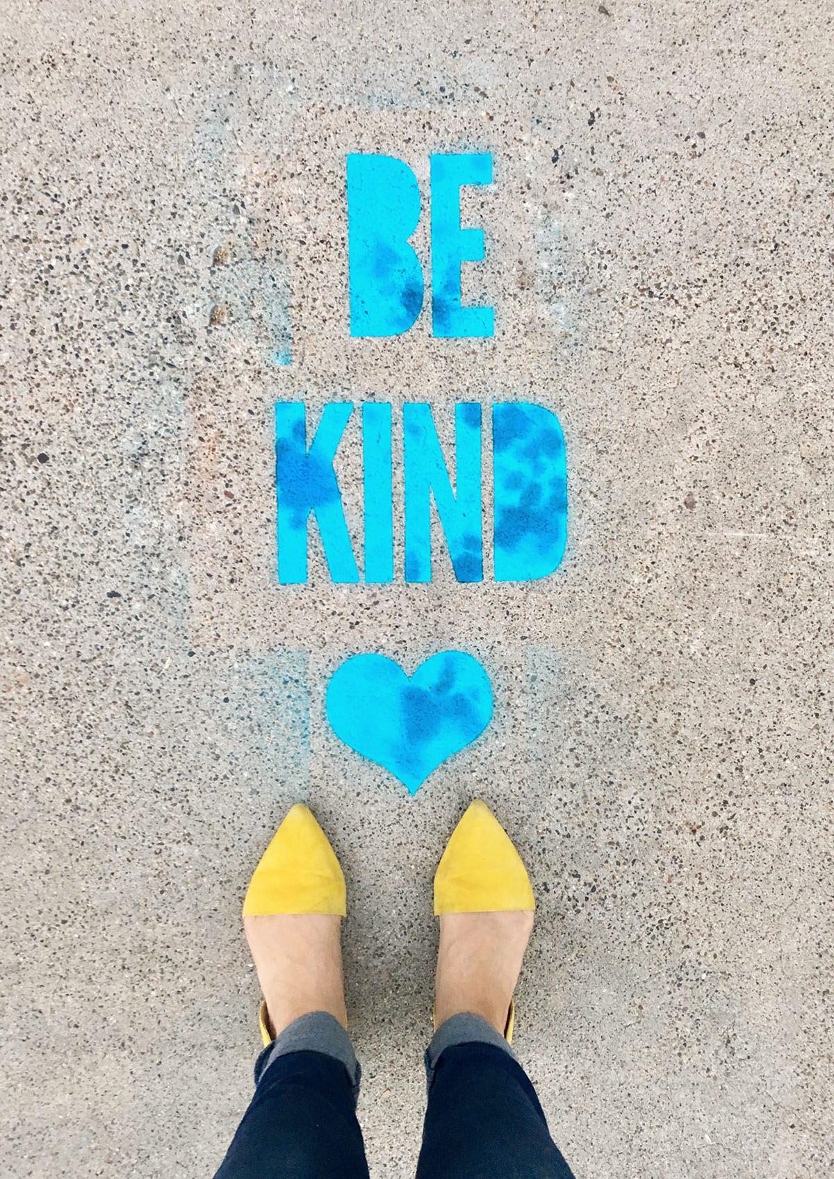 aad06f754132 DIY Stencil Spray Chalk Sidewalk Messages
