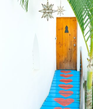 Travel Guide to Sayulita thumbnail
