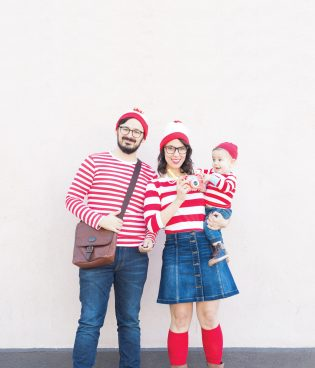 Where's Waldo Family Halloween Costumes thumbnail