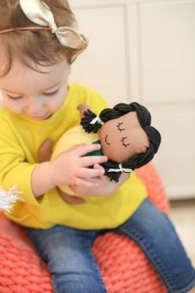 How to make a lemon doll