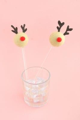 DIY Reindeer Drink Stirrers