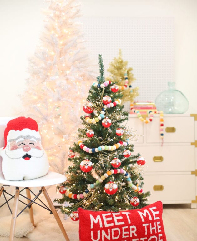 Christmas Decoration Idea: A Mini Tree in the Kids' Room thumbnail