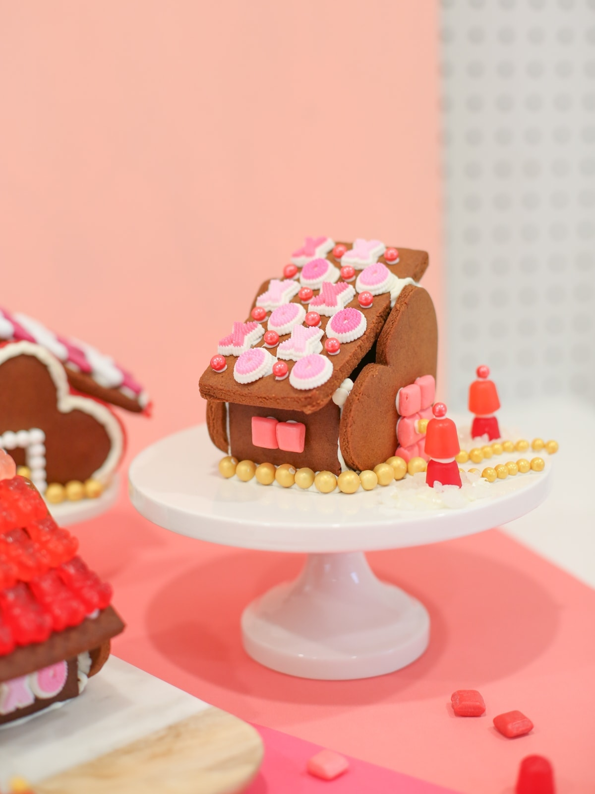 Valentine gingerbread houses