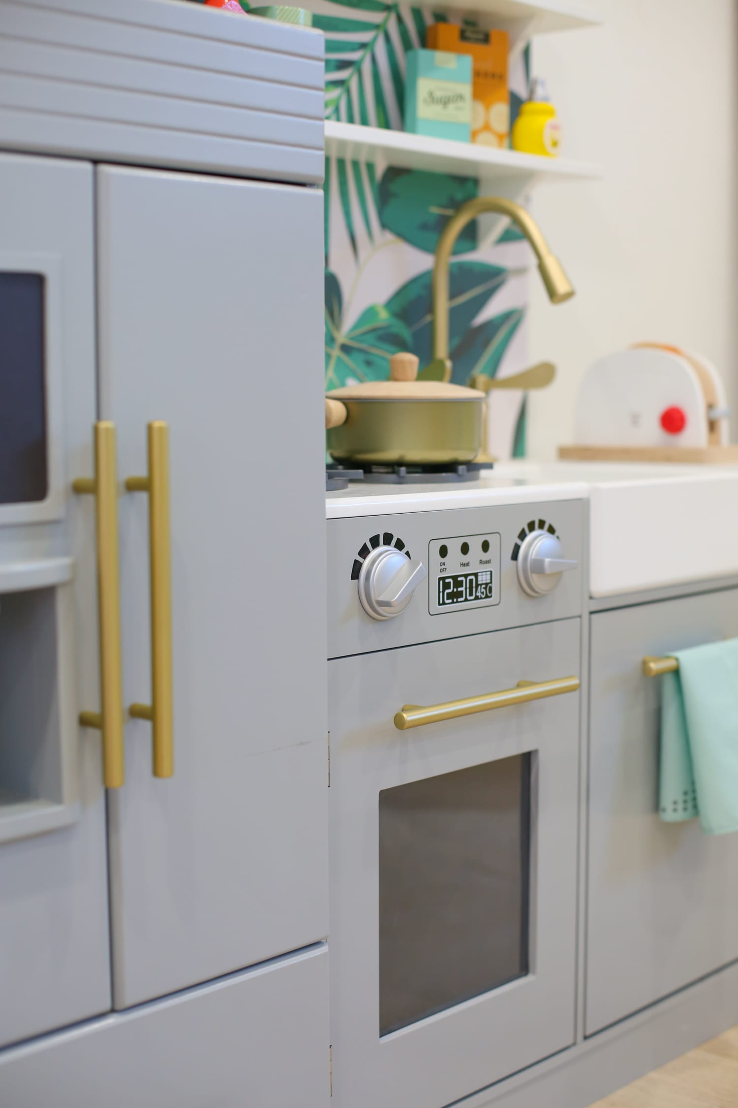 How to hack and customize a diy kids' play kitchen