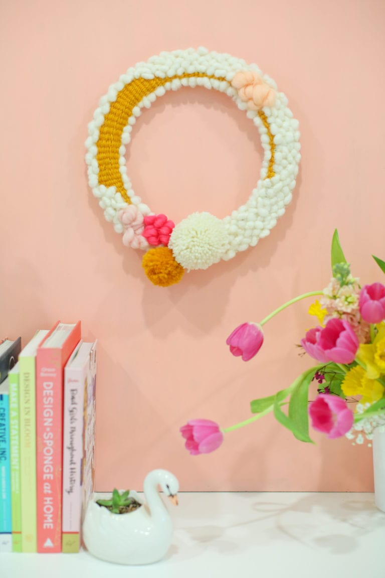 How to Make a Modern Woven Wreath for Your Spring Decor