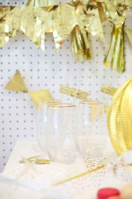 How to throw an easy wedding shower