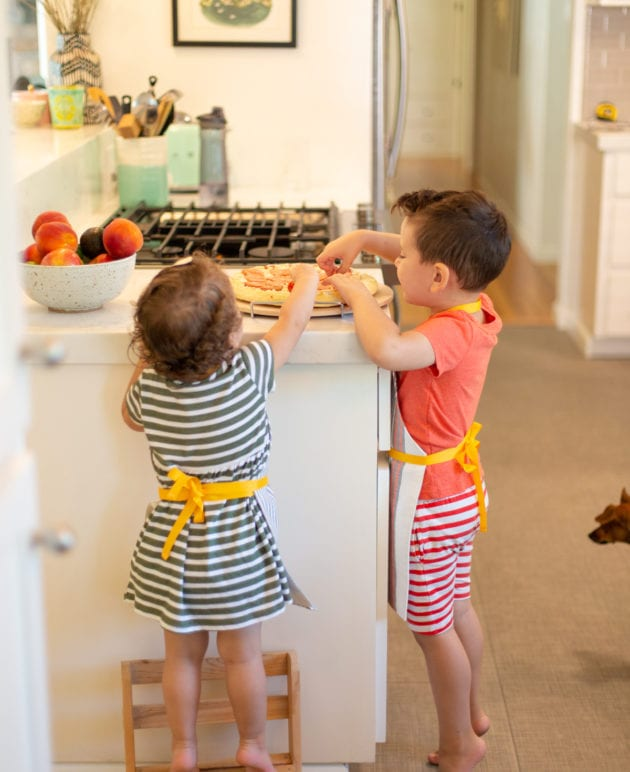 Make a DIY Kids' Apron for Pizza Night thumbnail