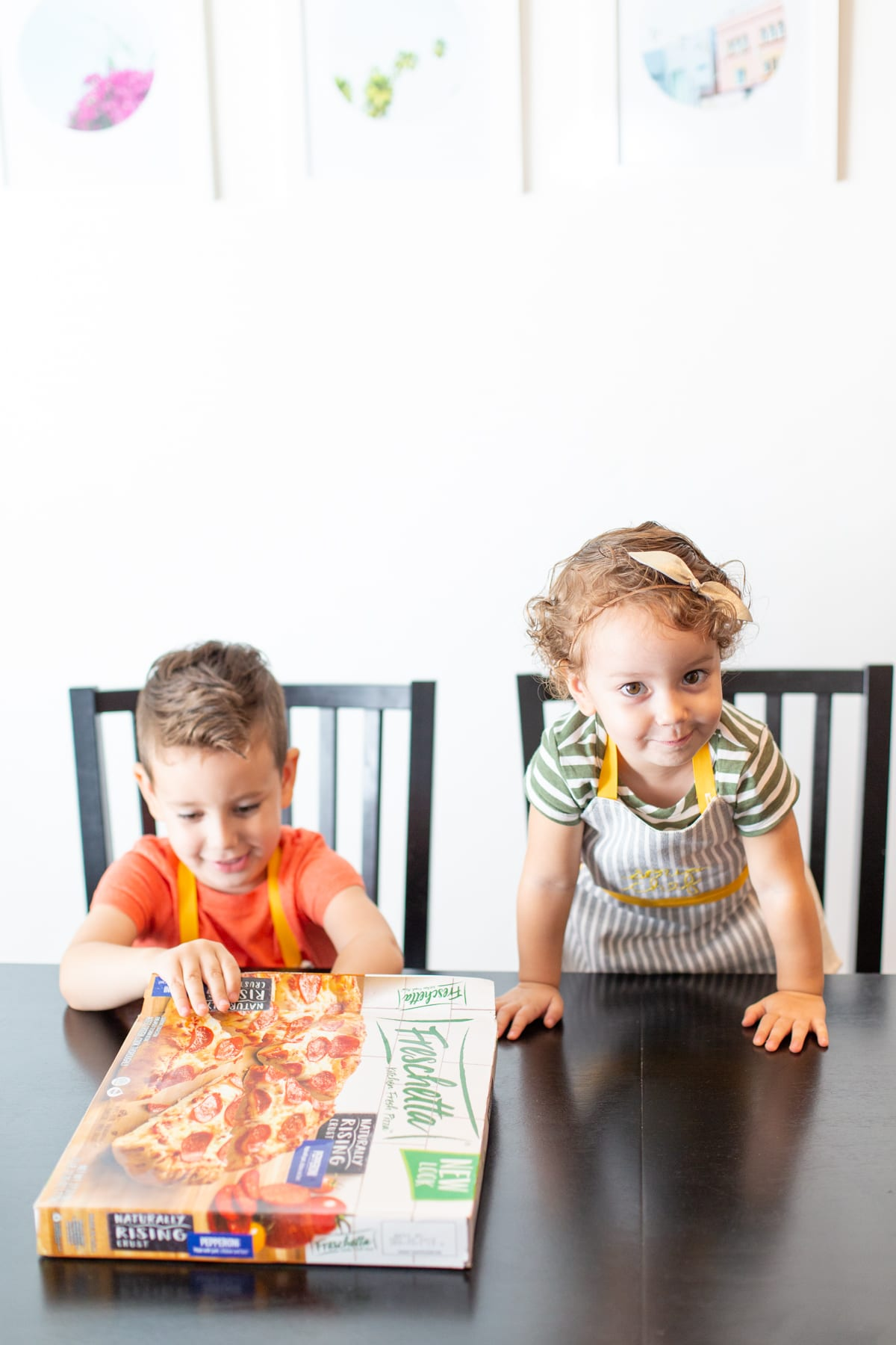 make a DIY kids' apron for pizza night