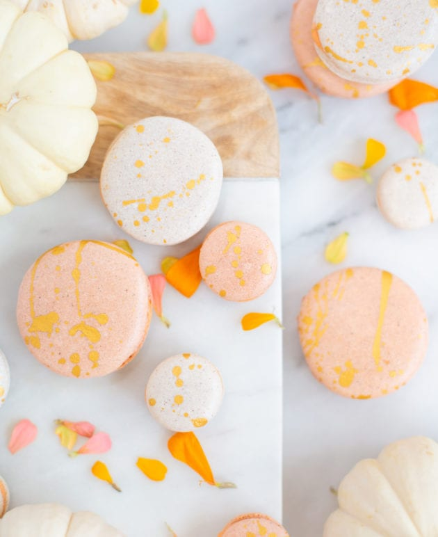 Make Fall Treats // Gold-Splattered Pumpkin Spice Macarons