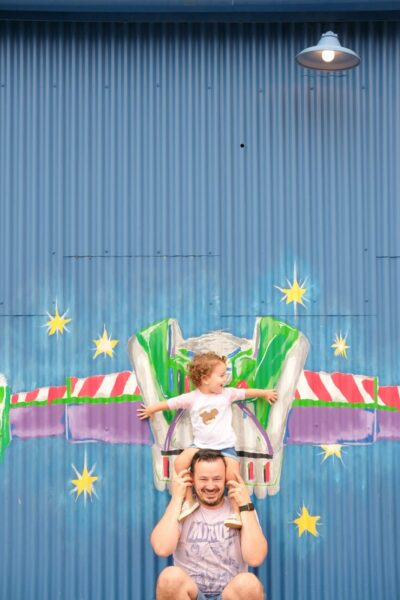 How to take awesome Disneyland family photos
