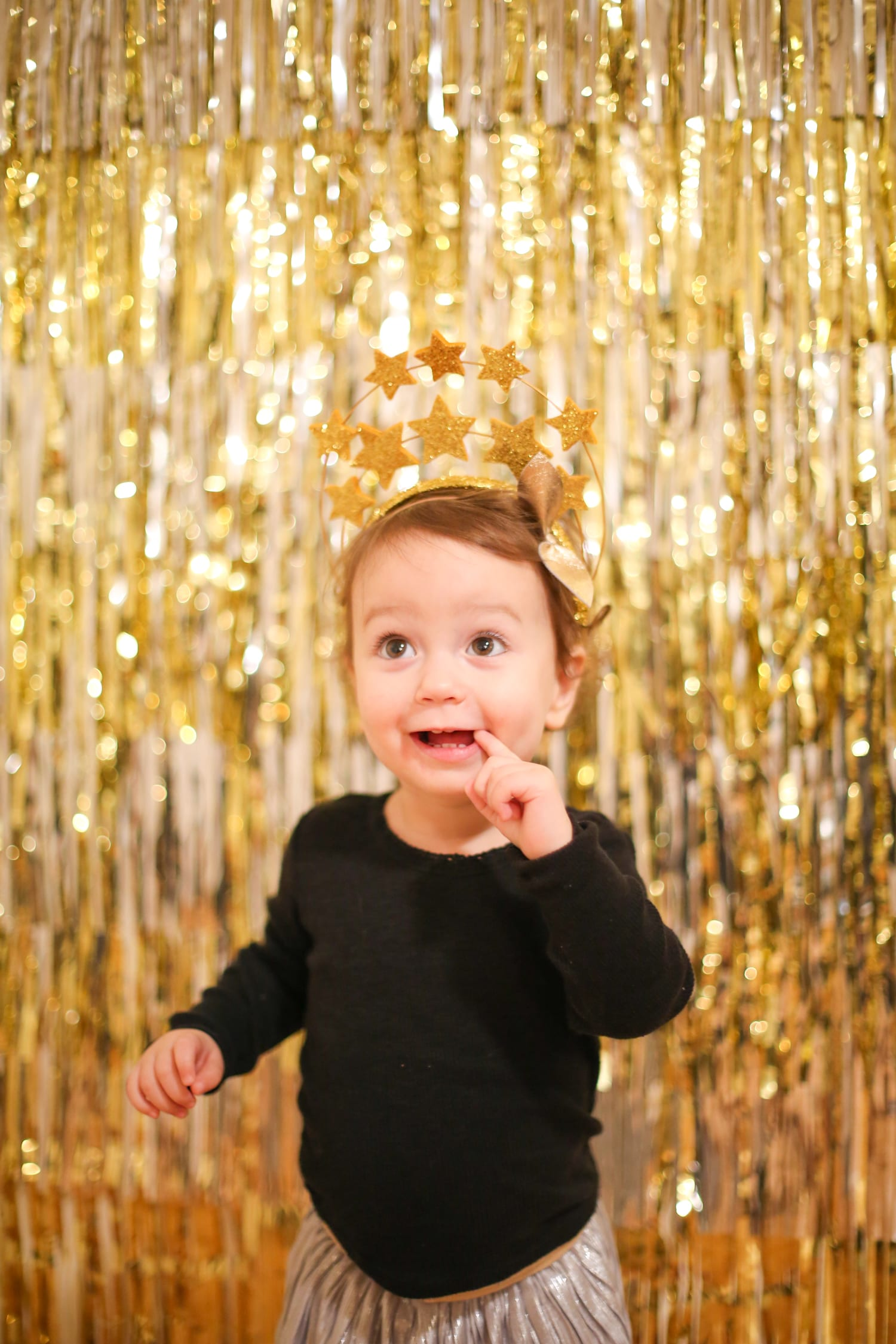 How to make a 5-minute new years eve photo backdrop
