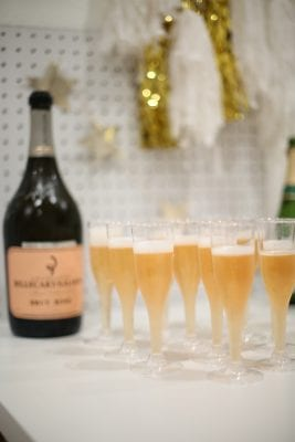 How to throw a simple and fun family new year's eve party