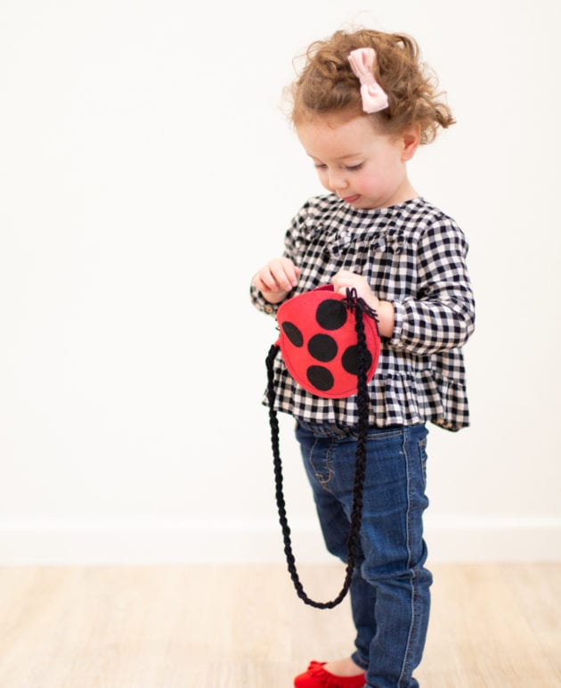 Stocking Stuffer Idea // How to Make a Kids' Ladybug Purse thumbnail