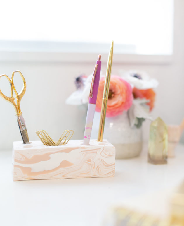 How to Make a Modern Desk Organizer thumbnail