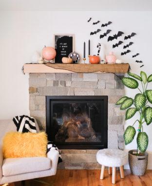 Fun Halloween Home Decor Ideas // Our Halloween Home Tour