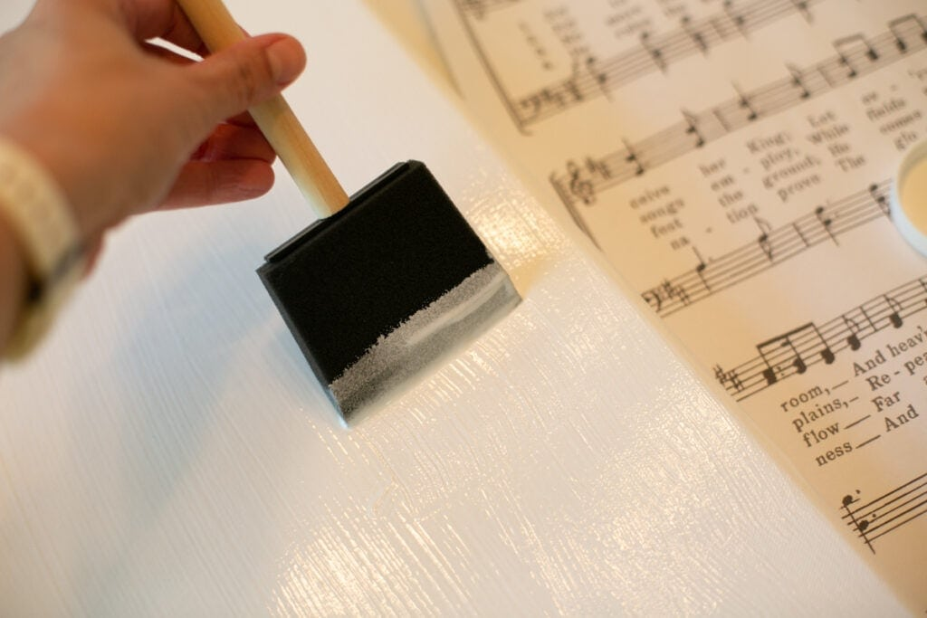 painting glue on canvas
