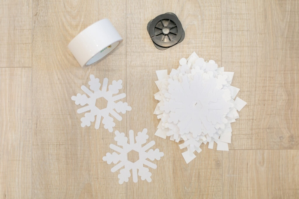 materials to hang paper snowflakes