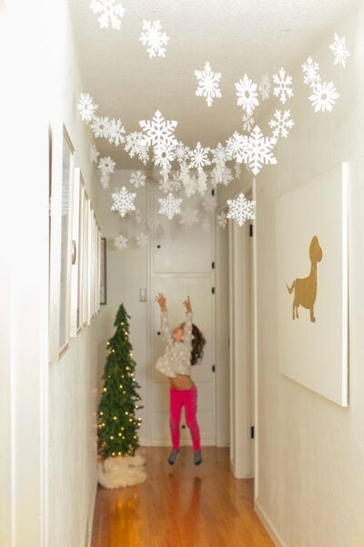 kids with paper snowflakes