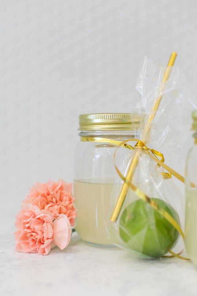 befőttesüveges koktél 40. születésnapi ötlet