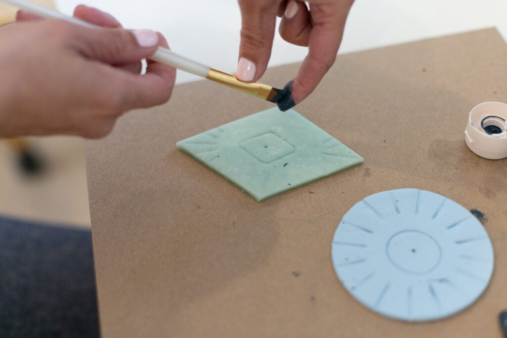 how to make an incense holder