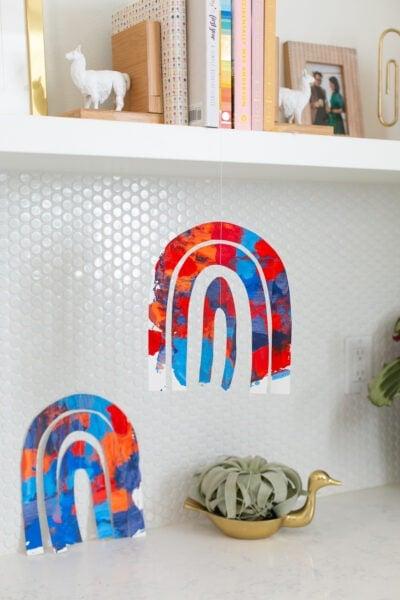 kids' rainbow craft