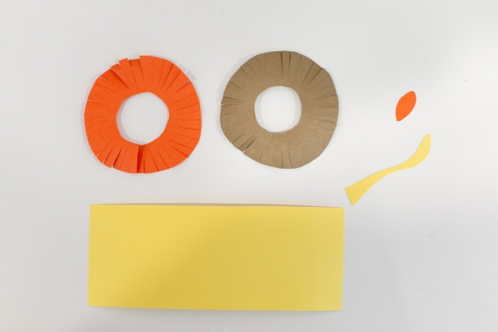 how to make a paper lion